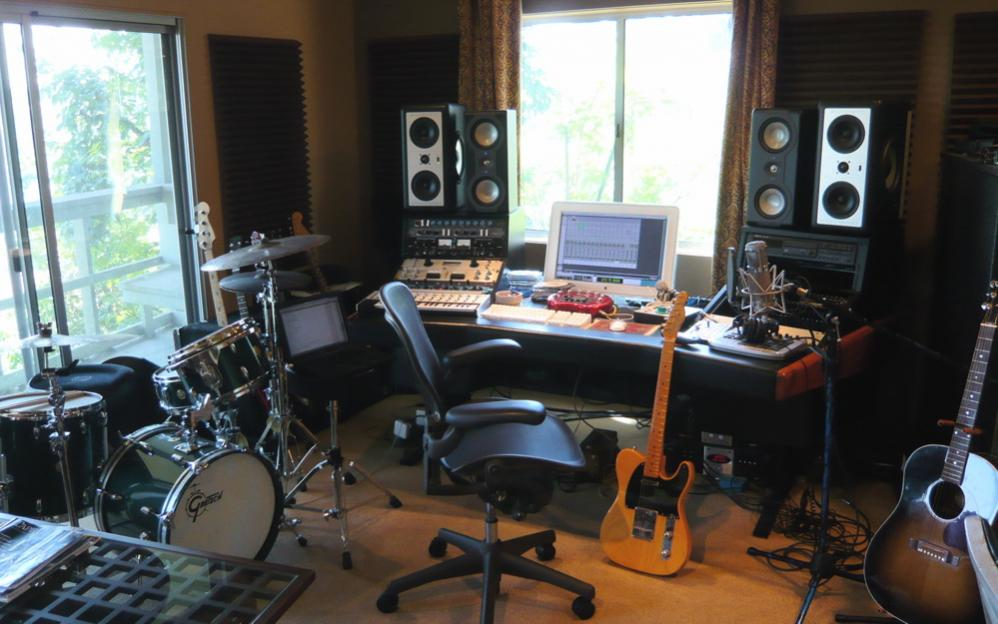 living room productions monter home studio in africa 10706