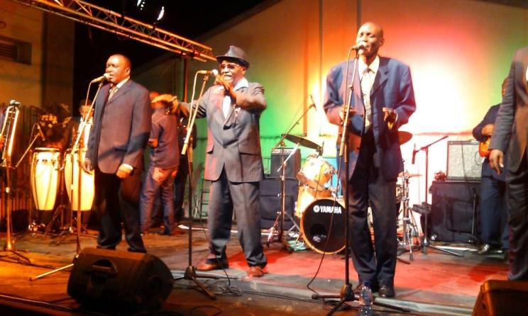 Jeannot Bombenga et son groupe Vox Africa étaient présent au Festival Rumba Parade