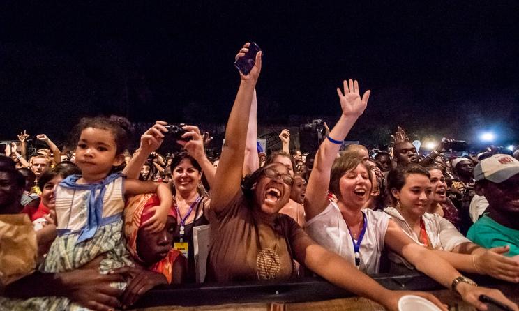 L'audience du Festival Sauti za Busara: près de 6000 personnes y ont participés (ph) Peter Bennet