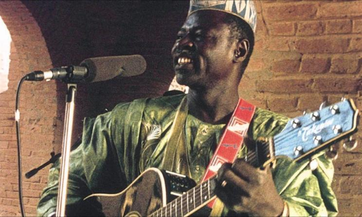 Ali Farka Touré (ph): atuqtuq-askatu.blogspot.com