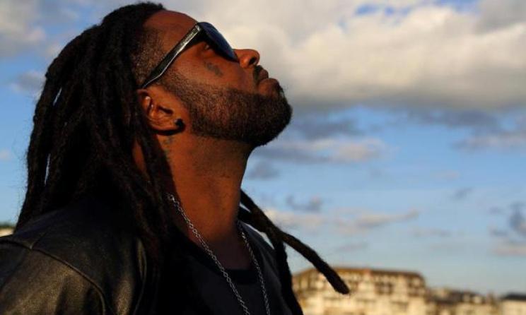 Ferré Gola, chanteur de la RD.Congo (ph) radioafrika.over-blog.com