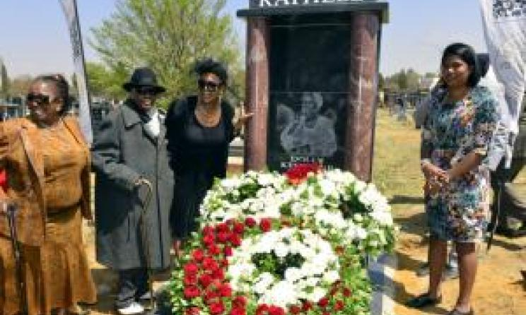 Mara Louw, Thandi Klaasen, Abigail Kubeka and Taynita Harilal at Rathebe's grave. Photo: Boxer Ngwenya / www.iol.co.za