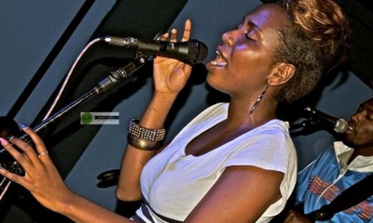 Kenyan artist Dela Maranga. Photo: www.kenyabuzz.com