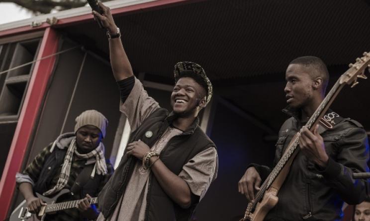 Participants of the 2014 Fingo Festival. Photo: Tseliso Monaheng.