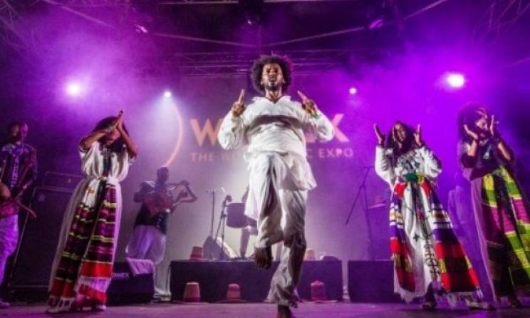Le groupe éthiopien Ethiocolor lors de sa performance au WOMEX en 2014. photo Yannis Spathas / www.womex.com
