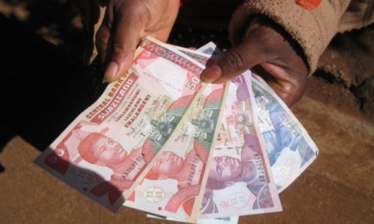 Money in Swaziland. Photo: internationalpoliticalforum.com