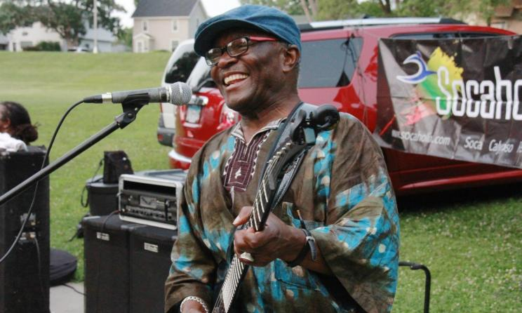 DR Congo vocalist Siama Matuzungidi. Photo: www.siamamusic.com