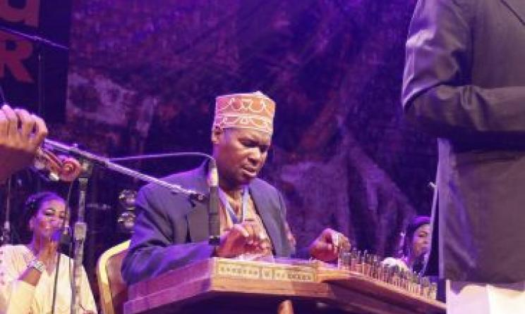 Culture Musical Club effectuer au 2015 Sauti za Busara. Photo par Link Reuben