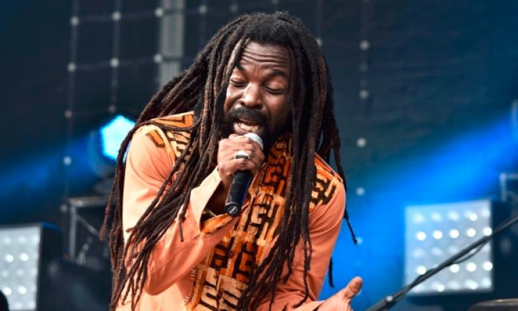 Rocky Dawuni performing. Photo: Barbora Bittenorova
