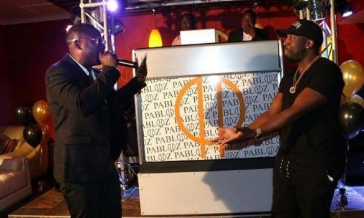Kapital K joins Stunner on stage for a performance. Photo: www.zimbojam.com