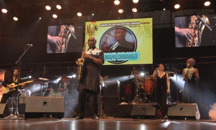 Manu Dibango sur la scène de la 9e édition du Masa (Photo) : regionale.info