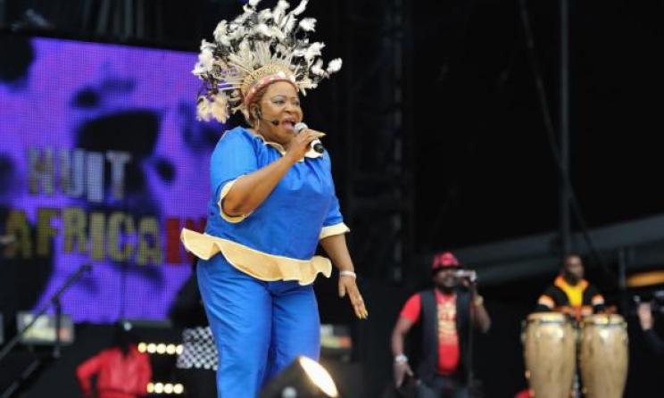 La chanteuse gabonaise Patience Dabany lors d'un concert. Photo: DR