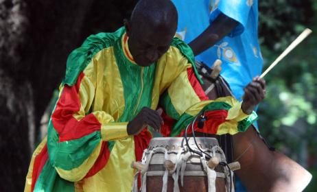 Doudou N'Diaye Rose (ph) www.percudrumma.com