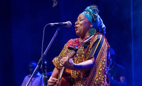 Mim Suleiman at Sauti za Busara 2015. Photo by Peter Bennett.