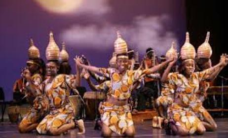 A_Ugandan_traditional_dance_troupe