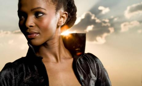 Simphiwe Dana is celebrating 10 years in the music industry.