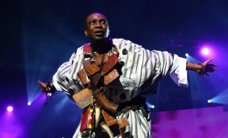Youssou N'Dour à Bercy (ph) www.la-croix.com