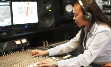 L'atelier cible les jeunes musiciens dans le but de les aider à bien gérer leurs carrières. (ph) Music In Africa