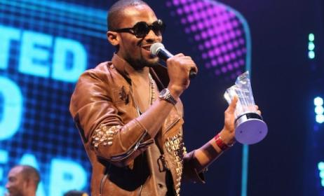D'banj after winning the Best Male Video award in 2012. Photo: thenet.ng