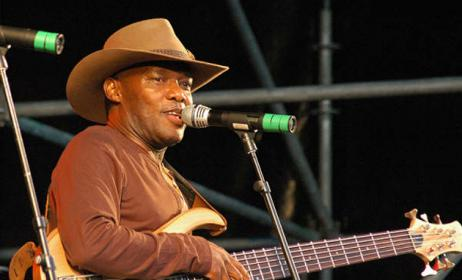 Ugandan artist Sammy Kasule. Photo: www.observer.ug