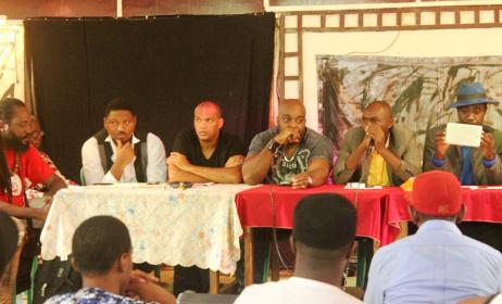 Les membres du bureau de Synamur. Ici le rappeur Krotal pendant sa prise de parole. (ph) Culturebene