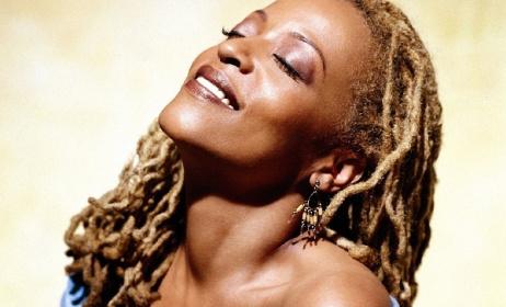 Cassandra Wilson. Photo: www.lifestyleasia.com