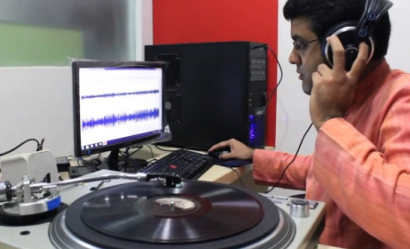 Vikram Sampath digitising LPs for the Archive of Indian Music (AIM). Photo: ethnomusicologyreview.ucla.edu