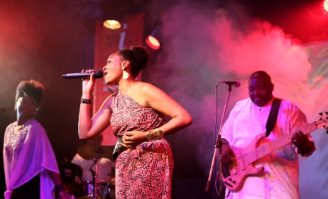 Danielle Eog Makedah backed by Macase at the recent concert in Yaoundé. Photo: Goethe-Institut/Simon Messina