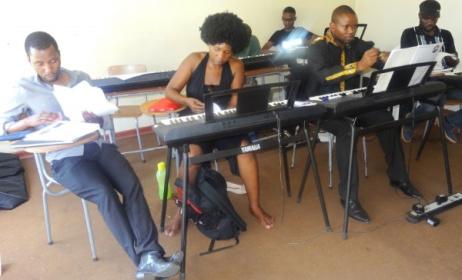 MCA Zimbabwe students hard at work. Photo: www.music-crossroads.net