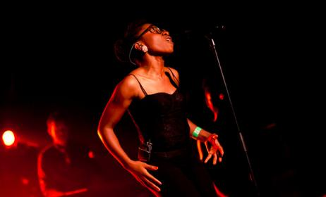 Asa is set to perform live in Lagos. Photo: Flickr