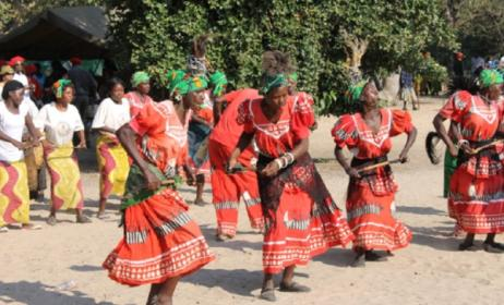 Traditional music and dance in Zambia. Photo: blog.motherlandsfinest.com
