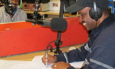 Eritrean Voices show producers in studio. Photo: www.thecitizen.org.au