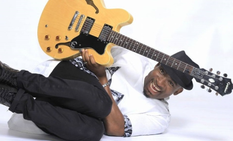 Nigerian guitarist Kunle Ayo has just released a new solo album, 'Atunse: The Revolution'.