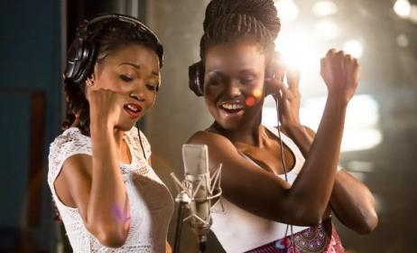 Gabon's Arielle T and Zimbabwe's Selmor Mtukudzi in studio. Photo: www.one.org