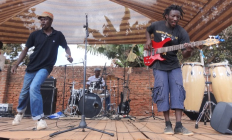 Partipants of the Pakhonde ethno-music camp in Malawi. Photo: www.music-crossroads.net
