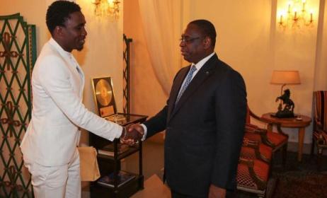 Wally Seck reçu au Palais par le président Macky Sall