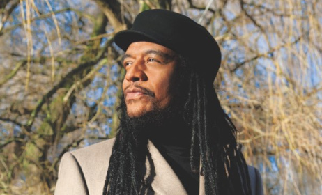 British reggae star Maxi Priest will perform in Uganda.