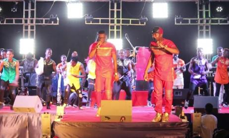 (Photo) Artistes Togolais sur une scène live
