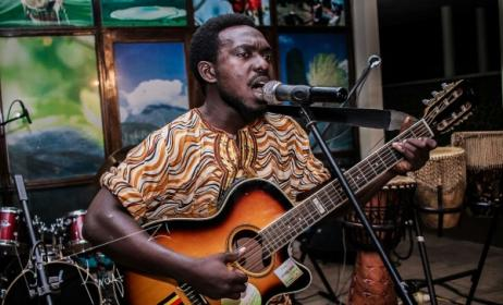 Ugandan artist Haka Mukiga. Photo: www.milege.org