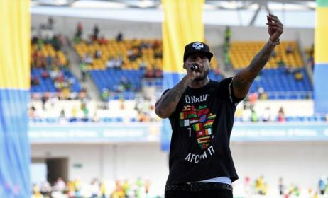 Booba pendant son concert au stade de l'amitié sino-gabonaise (Libreville). Photo: AFP