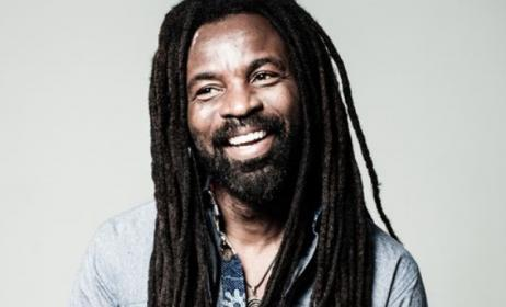 Rocky Dawuni. Photo: www.transafricaradio.net