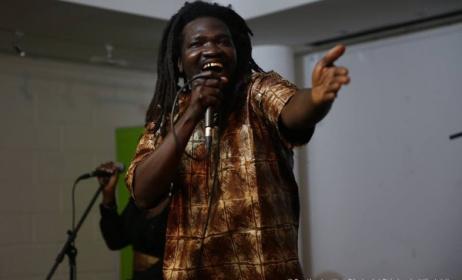 Mustaf au Goethe-Institut de Dakar, le vendredi 24 février 2017. (Photo) : Stephanie Nikolaidis