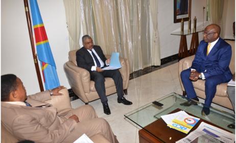 Les artistes Nyoka Longo et Verckys reçus par le premier ministre de la RD.Congo. Photo: primature